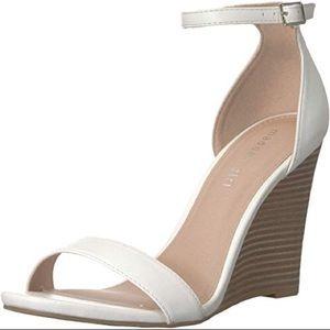 Madden Girl white wedges - Size 8